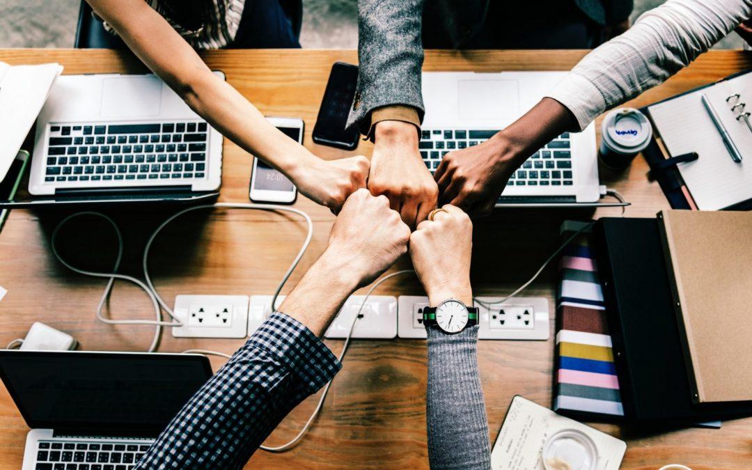8 motive să investești în formarea și dezvoltarea profesională a angajaților